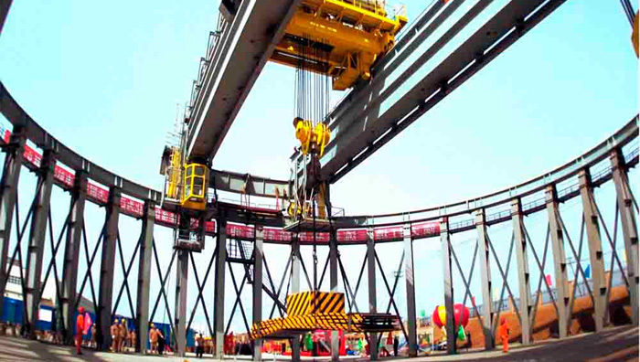 Energy cranes for electric energy production